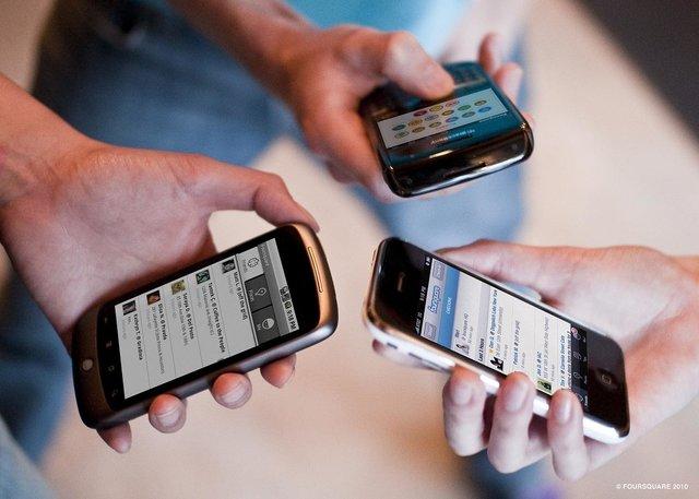 گوشی تلفن همراه ایرانی با کیفیت قابل تولید است