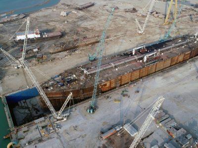 به آباندازی نفتکش ۲۵۰ متری افراماکس